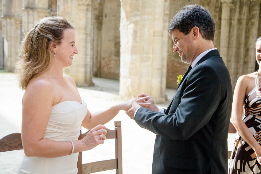 Change of rings for your wedding in Tuscany