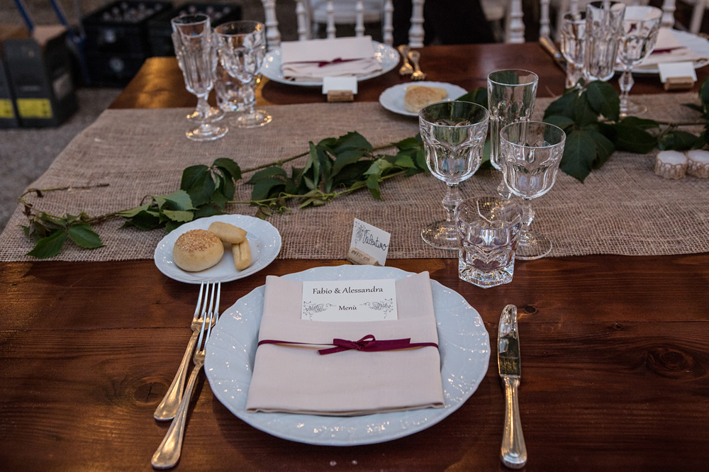 Country table for your wedding