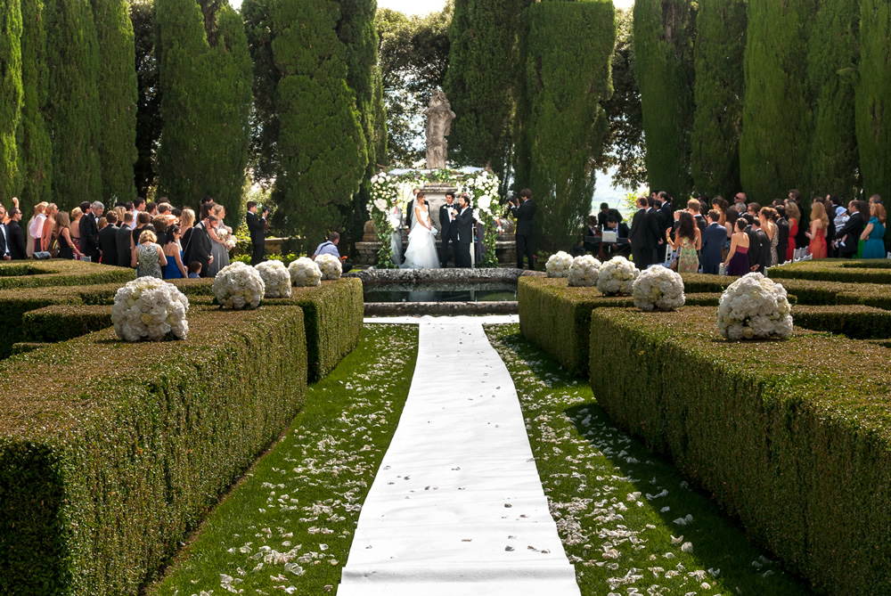 Getting married with a jewish ceremony in Tuscany