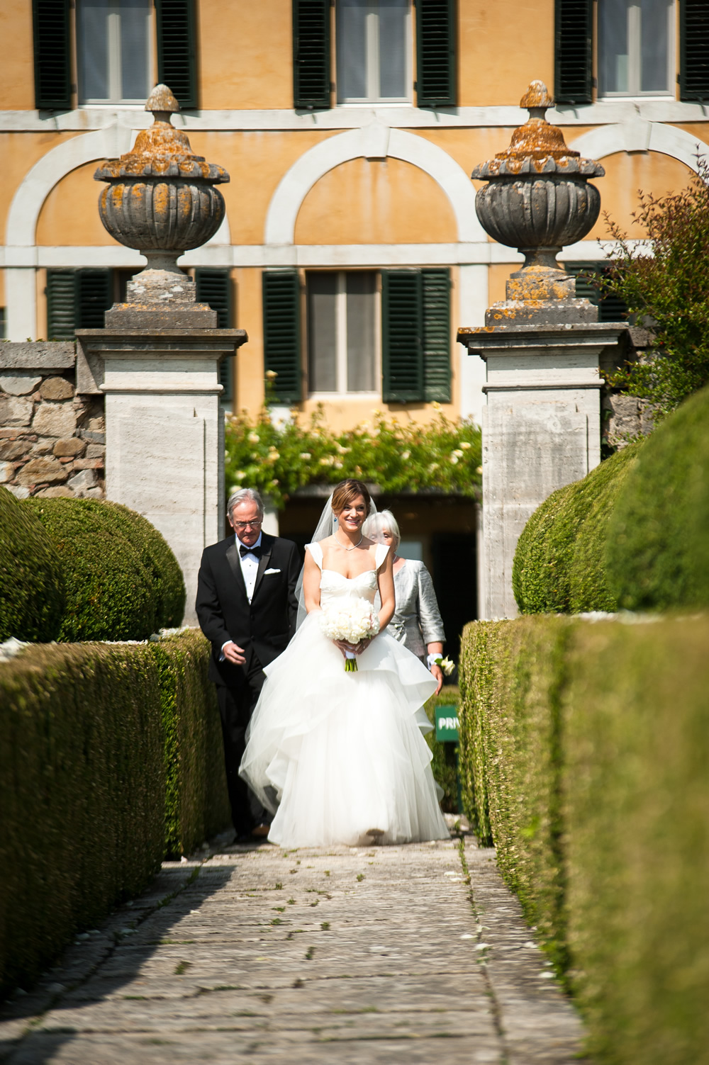 Wedding ceremony garden in Tuscany