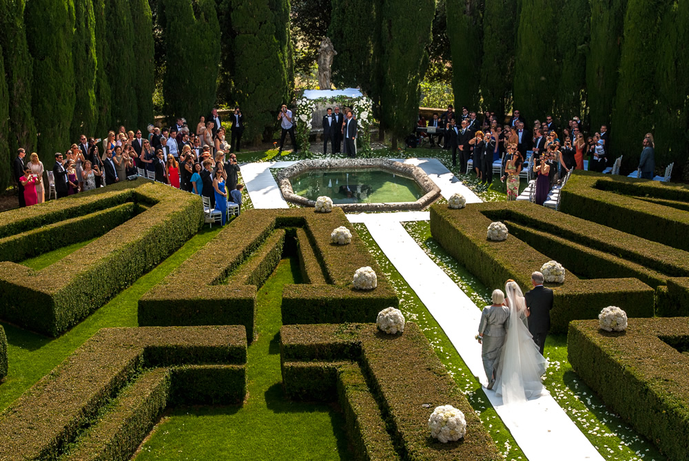Italian garden for your wedding in Tuscany