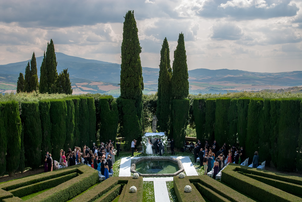 jewish wedding in val d'Orcia
